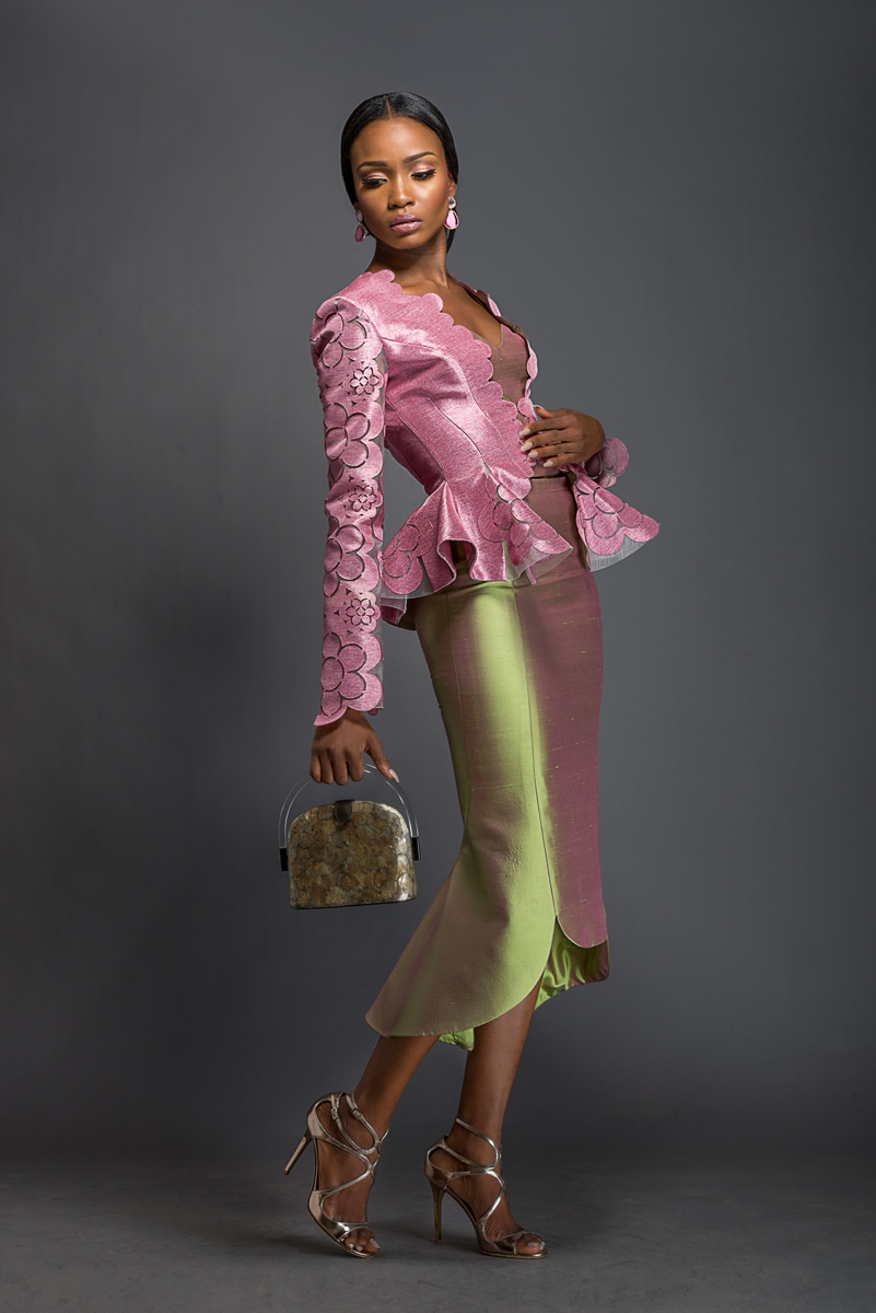 Komole-Kandids-Series-2_House-of-Deola_Aso-Oke_Nigerian-Wedding_fashionghana (19)