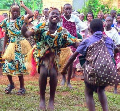 wagogo-gogo-people-tanzanian-dancing-ethnic-grou-1