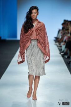 Lara Klawikowski mercedes benz fashion week cape town 2017 (6)