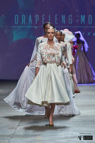 Orapeleng Modutle Style Avenue Mercedes Benz Fashion Week cape Town 2017 fashionghana (21)