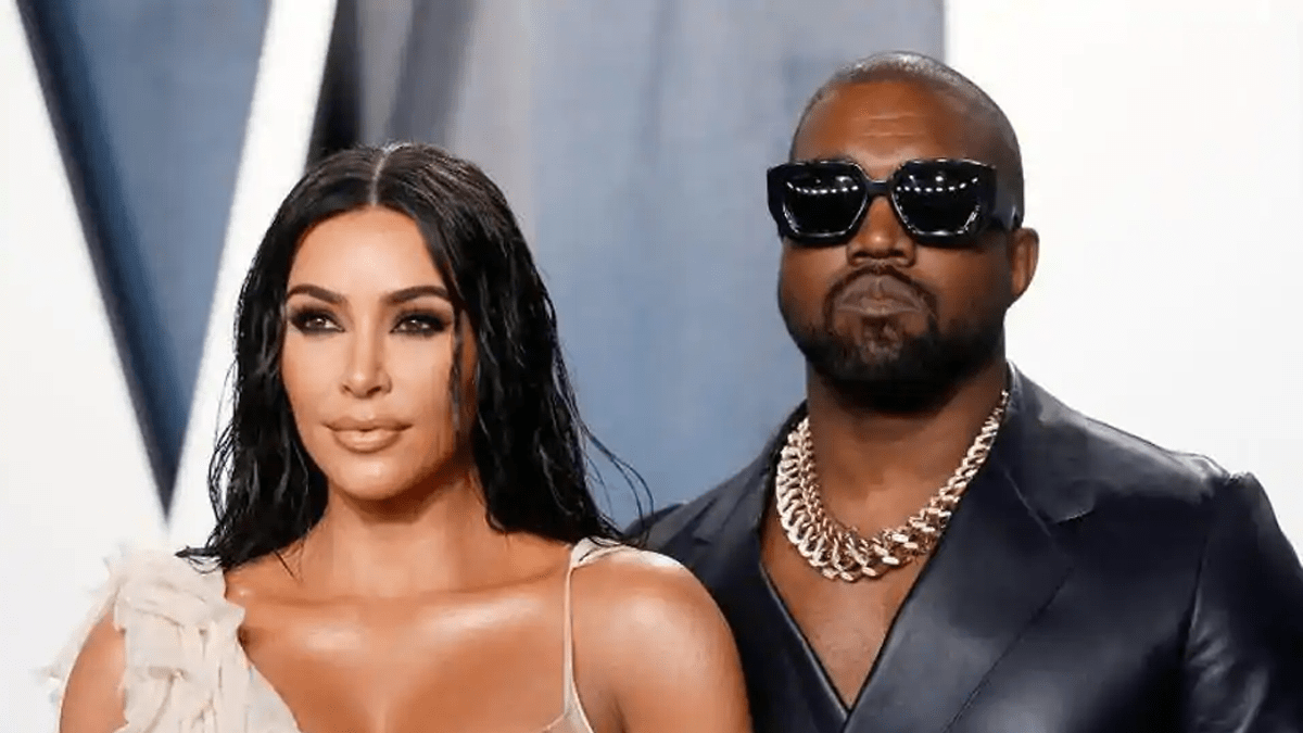 Us Billionaire Fashion Designer Kanye West Announces He Will Be Running For President Fashionghana Com 100 African Fashion