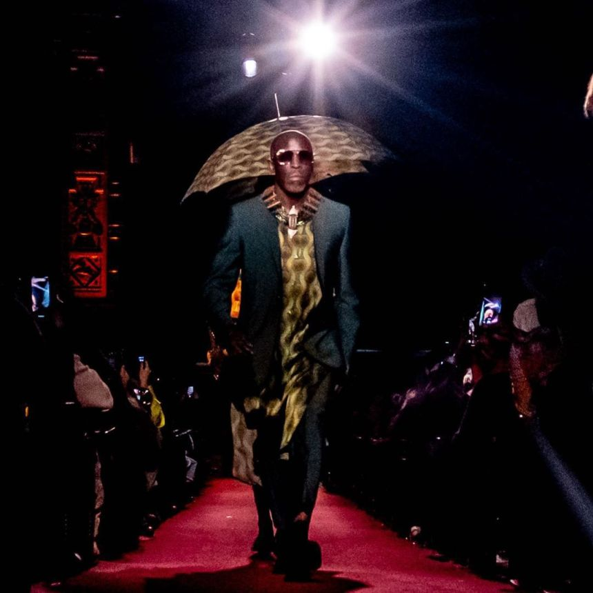 Micheal k williams ozwald boaten fashion show