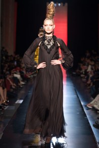 jean-paul-gaultier-haute-couture-fall-30