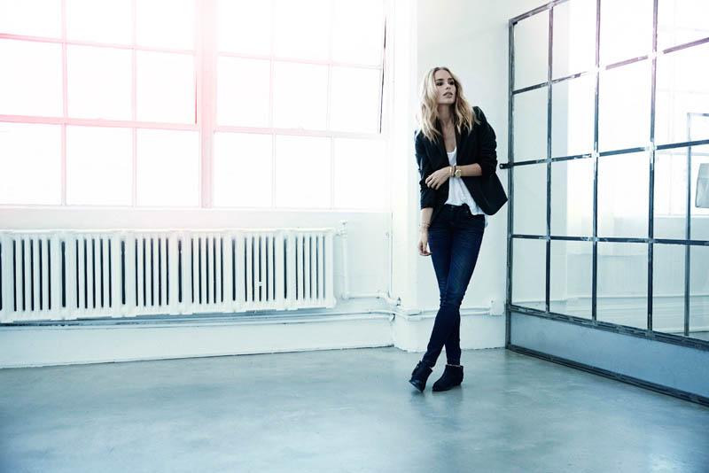 Anine Bing Models Namesake Label In New Images By Trever