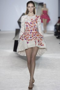 giambattista-valli-spring-2014-haute-couture-show21