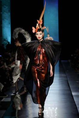jean-paul-gaultier-haute-couture-spring-2014-show32
