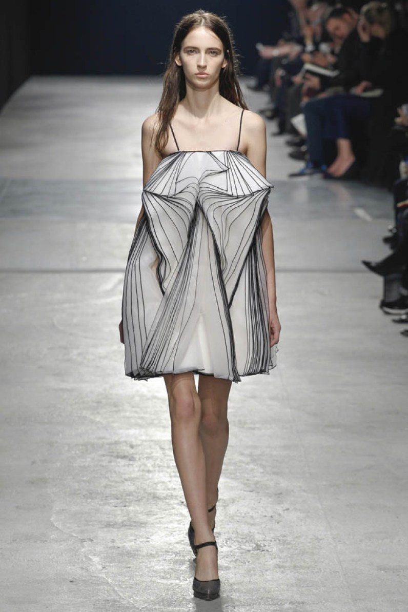 christopher-kane-fall-winter-2014-show55