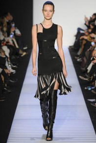 herve-leger-fall--winter-2014-show9
