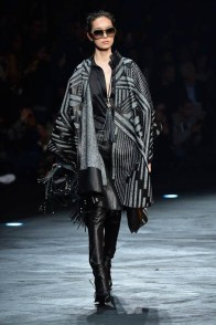 roberto-cavalli-fall-winter-2014-show10
