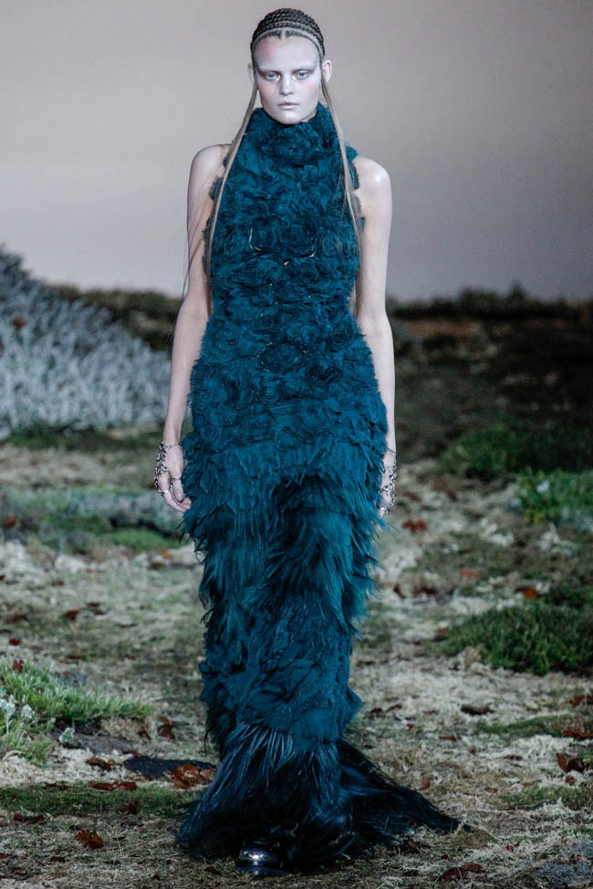 alexander mcqueen fallwinter 2014 fashion gone rogue