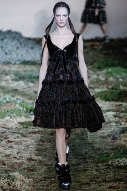 alexander-mcqueen-fall-winter-2014-show7