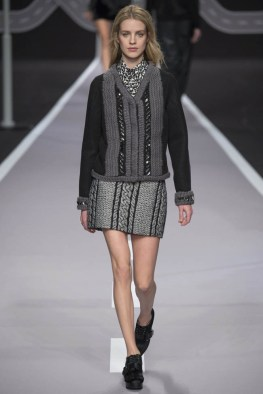 viktor-rolf-fall-winter-2014-show32