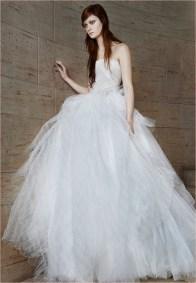 vera-wang-bridal-spring-2015-dresses16