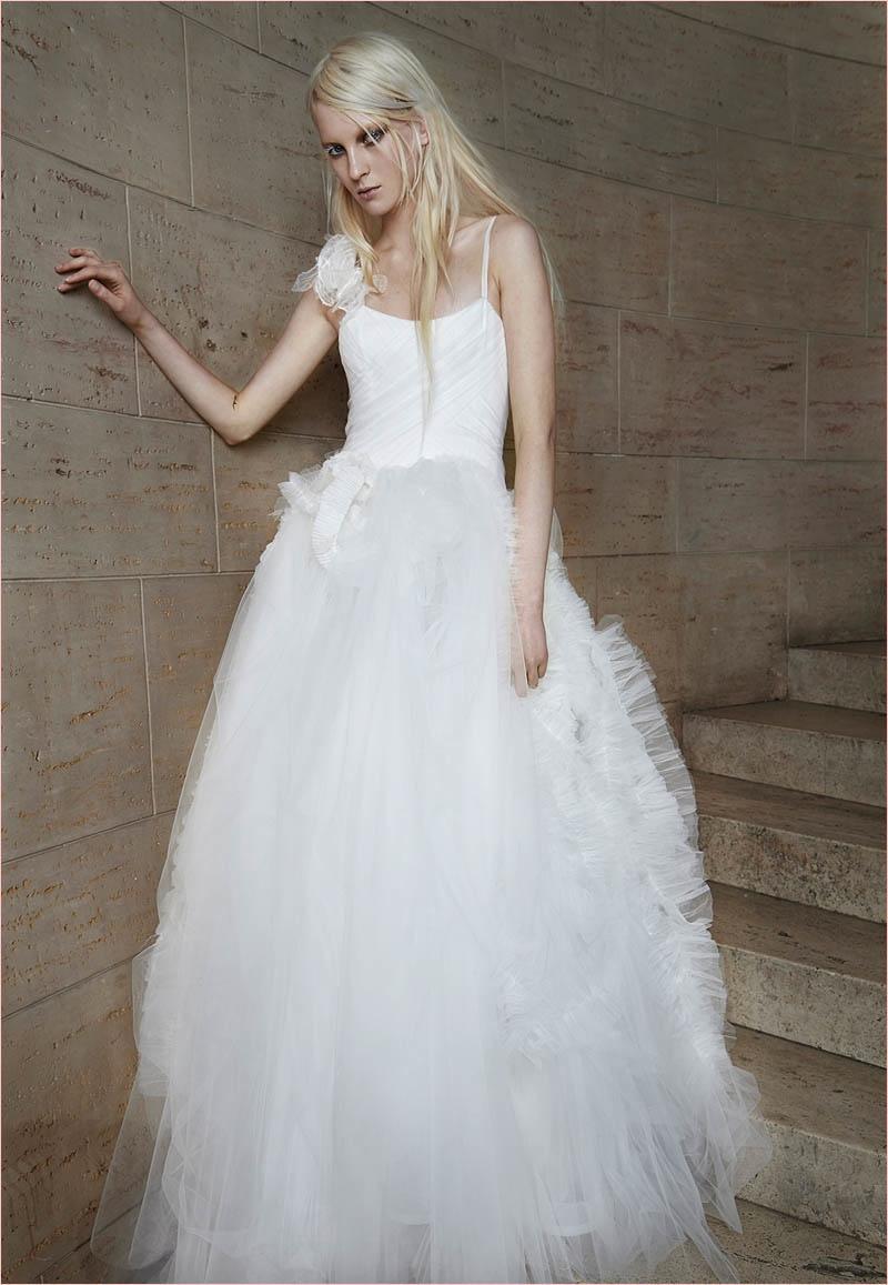 Vera Wang Brida... Vera Wang Wedding Dresses