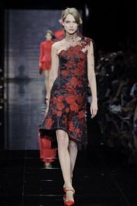 armani-prive-2014-fall-haute-couture-show14
