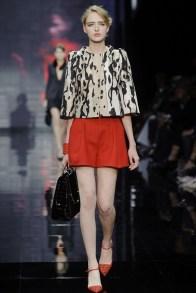 armani-prive-2014-fall-haute-couture-show17
