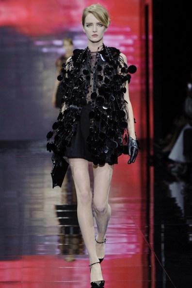 armani-prive-2014-fall-haute-couture-show39