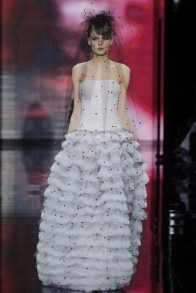 armani-prive-2014-fall-haute-couture-show56