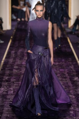 atelier-versace-2014-fall-haute-couture-show7