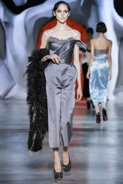 ulyana-sergeenko-2014-fall-haute-couture-show15