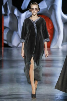 ulyana-sergeenko-2014-fall-haute-couture-show23