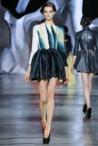ulyana-sergeenko-2014-fall-haute-couture-show27