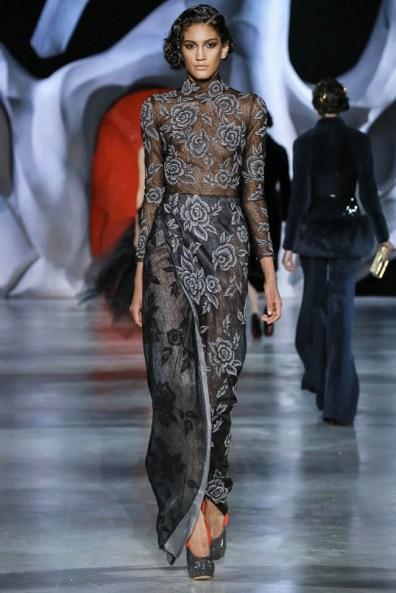 ulyana-sergeenko-2014-fall-haute-couture-show3