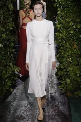 valentino-2014-fall-haute-couture-show20