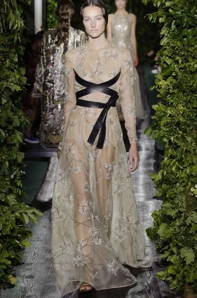 valentino-2014-fall-haute-couture-show51