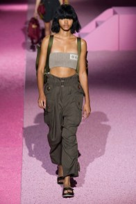 marc-jacobs-2015-spring-summer-runway-show11