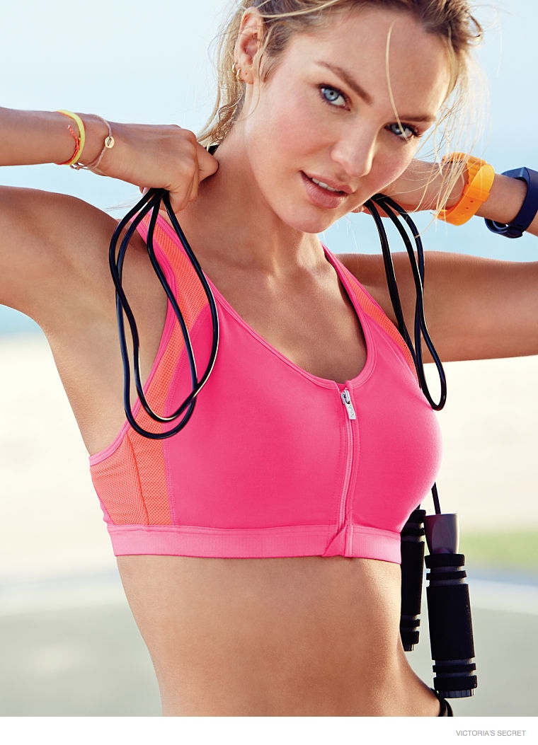 candice swanepoel body09 Candice Swanepoel Keeps Her Angel Body Fit in Victoria's Secret Photos
