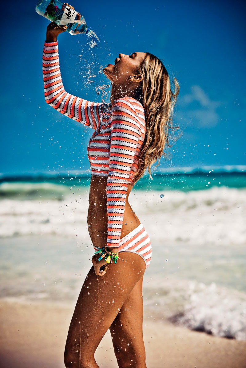 gigi-hadid-seafolly-swim-2015-ads4
