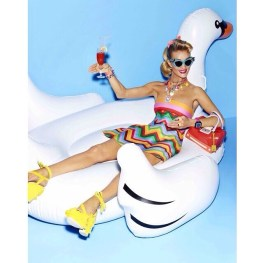 rosie-huntington-whiteley-barbie-editorial09