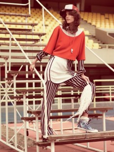 Antonina-Petkovic-Sporty-Style-Vogue-Brazil-Editorial07