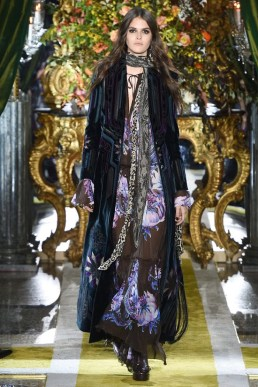 Roberto-Cavalli-2016-Fall-Winter-Runway10
