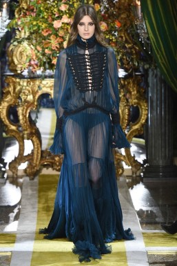 Roberto-Cavalli-2016-Fall-Winter-Runway19