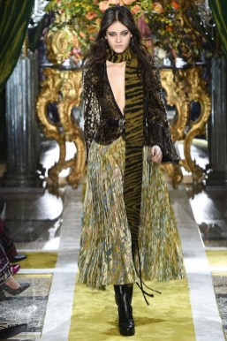 Roberto-Cavalli-2016-Fall-Winter-Runway21