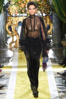 Roberto-Cavalli-2016-Fall-Winter-Runway42