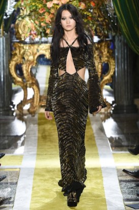 Roberto-Cavalli-2016-Fall-Winter-Runway43