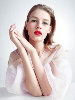 Sofia-Mechetner-Dior-Magazine-Spring-2016-Beauty04