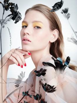 Sofia-Mechetner-Dior-Magazine-Spring-2016-Beauty05