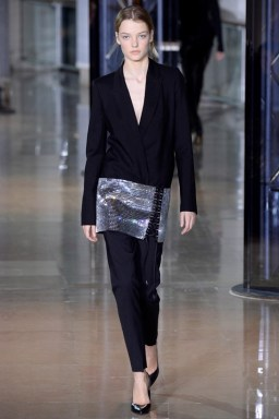 Anthony-Vaccarello-2016-Fall-Winter-Runway09