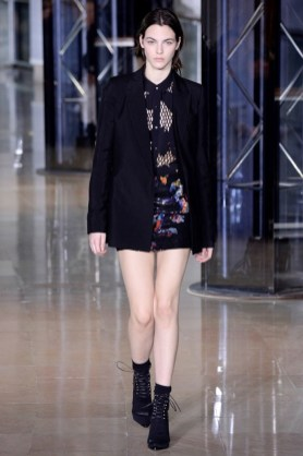 Anthony-Vaccarello-2016-Fall-Winter-Runway44