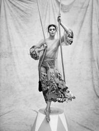 Diana-Moldovan-Circus-Fashion-Woman-Spain-Editorial04