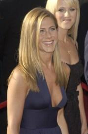 Jennifer-Aniston-Blonde-Straight-Long-Haircut