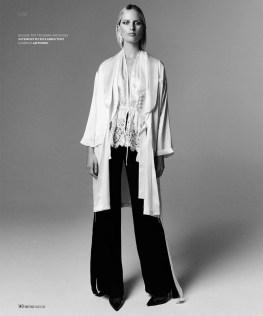 Karolina-Kurkova-Prestige-Magazine-March-2016-Cover-Editorial04
