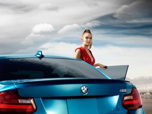 Gigi-Hadid-BMW-Car-Commercial05