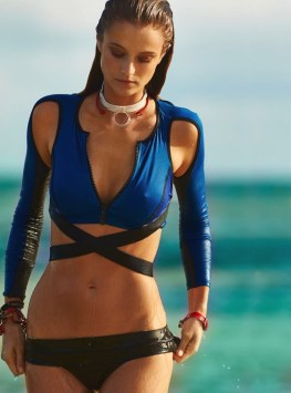 Kate-Bock-Beach-Scuba-ELLE-Canada-Editorial05