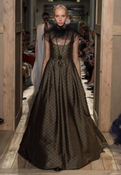 Valentino-Haute-Couture-2016-Fall-Runway-Show33