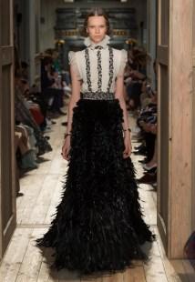 Valentino-Haute-Couture-2016-Fall-Runway-Show52